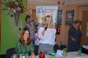 Andrea Karnasová a Zuzana Vačková na Hroncovej